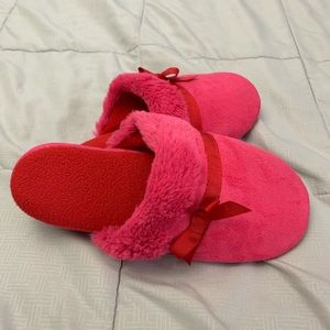 Shoes - Size L 9-10 soft pink and red slippers
